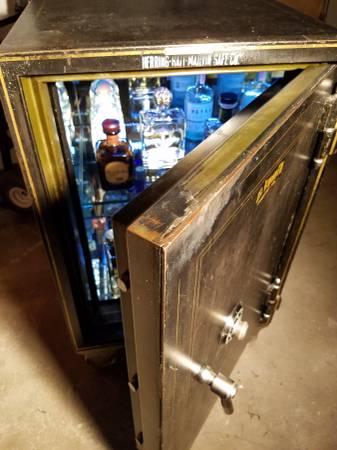 Custom Liquor Vault Safe | Digital Safes Online