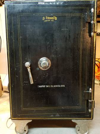 Custom Liquor Vault Safe | Digital Safes Online