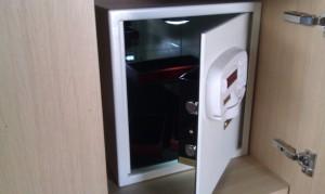 ambassador-box-safe1618